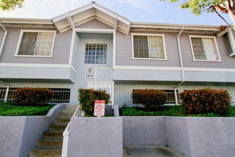 A beautiful home in Huntington Beach, California's Capewoods community.