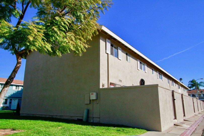 A clear day at Huntington Continental in Huntington Beach, California.
