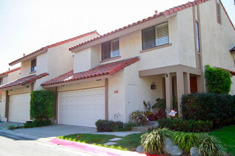 La Cuesta By the Sea Huntington Beach California slopped roof with brown color top portion
