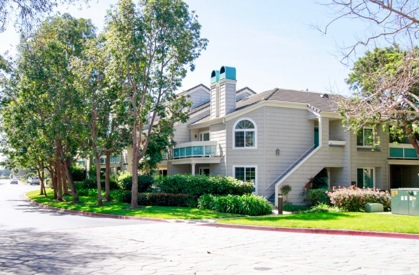 Pacific Ranch Villas best moments in Huntington Beach, great online view of Pacific Ranch Villas in California