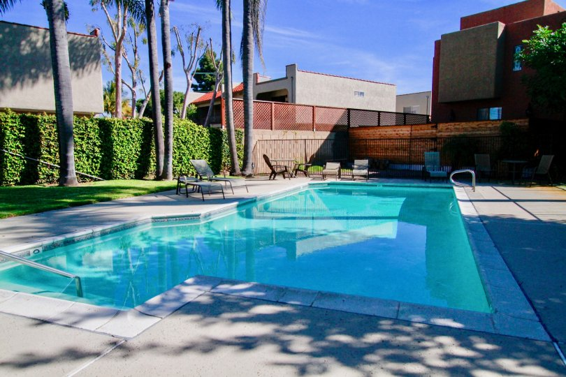 Pacific Terrace Huntington Beach California awesome long pool area with neat path and building