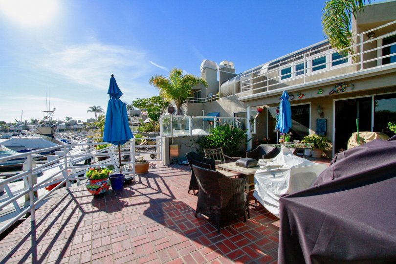 the boat hotel in huntington beach is a famous one which is exactly in seabrige of california