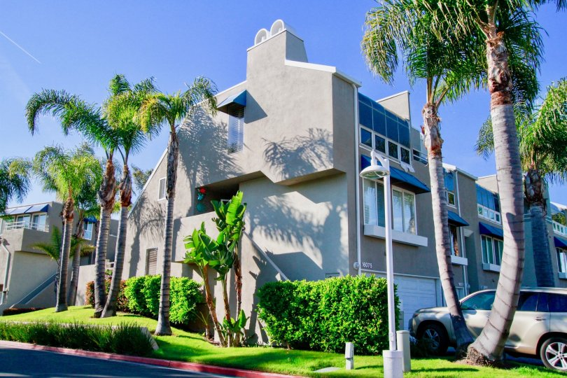 Californication could be the best adjective for this fabulous home Seabridge, Huntington Beach, California.
