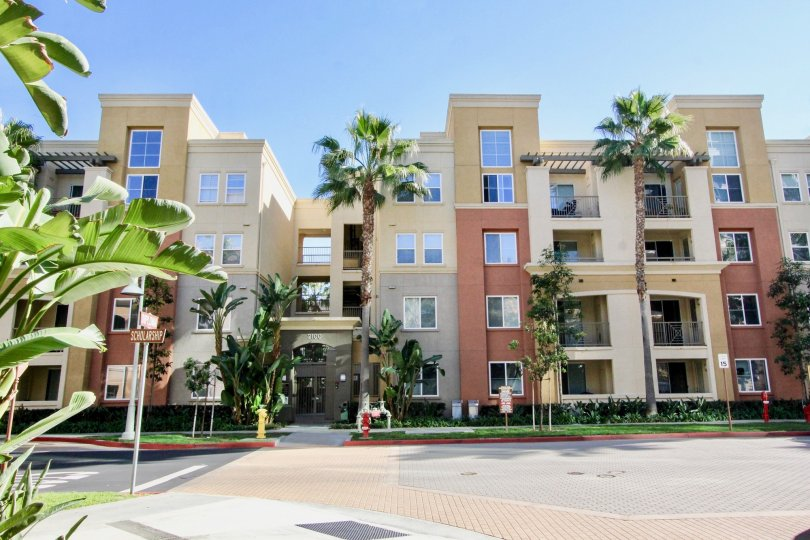 Avenue One is an urban development condo complex located in the Airport Area of Irvine. There are a total of 408 condos built here in 2006 by the K. Hovnanian Home Builders. The location is just south of 405 Freeway off Jamboree Road and Scholarship Avenu