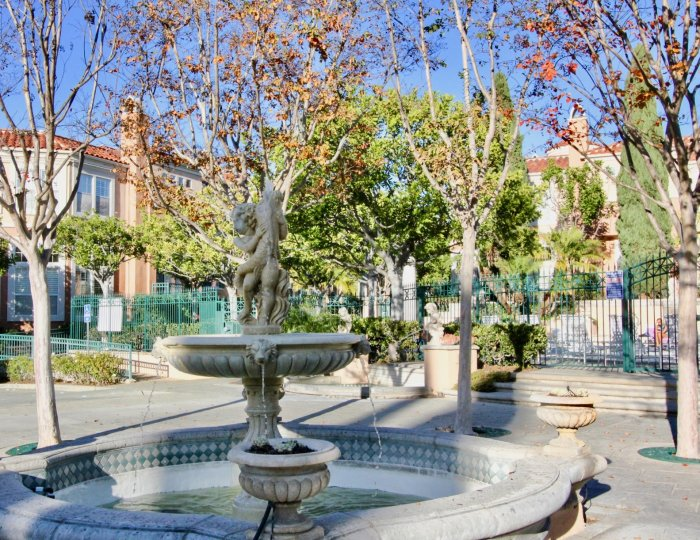 Fabulous green park area with fountain in Corte Bella Villas of Irvine