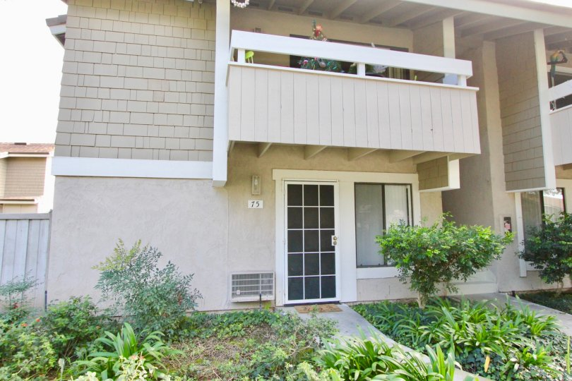 IRVINE SPRINGS Condos For Sale Enjoy lots of outdoor amenities with a single story condo at Irvine Springs in Irvine's Northwood Village. This is a low-rise complex that has a man-made creek running through it, lush landscaping and rock features. Resident