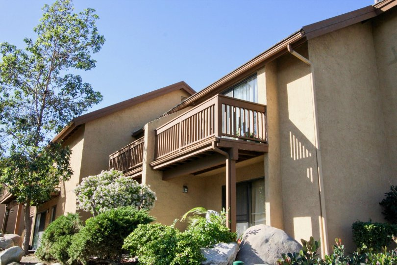 Beautiful villas with balcony and garden around having sunshine in Orangetree Lake Condos