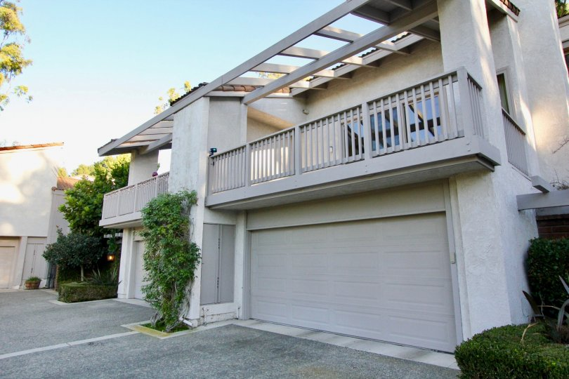 Enjoy private parking and outdoor living at Turtle Rock Crest.