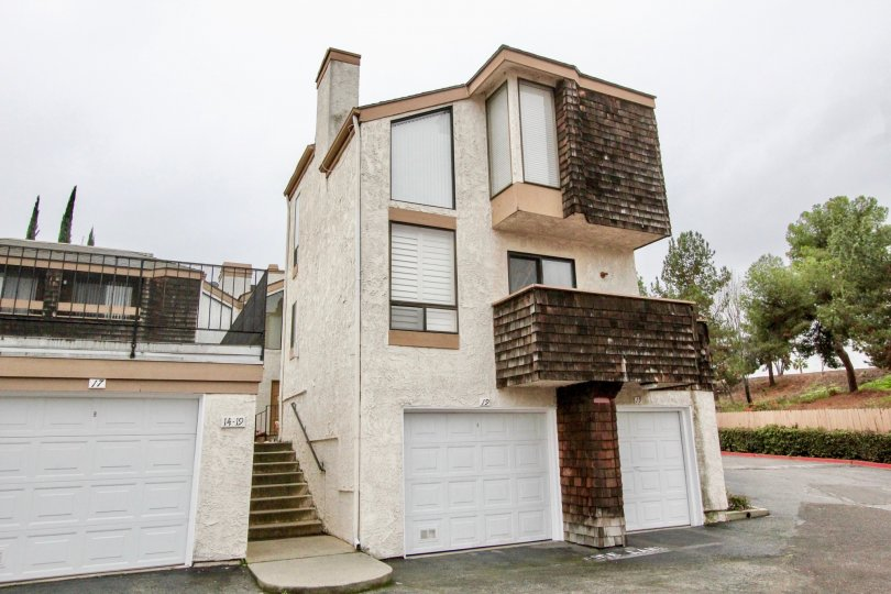 Good looking and spacious villa with balcony and stairs in Parkside Townhomes of La Habra