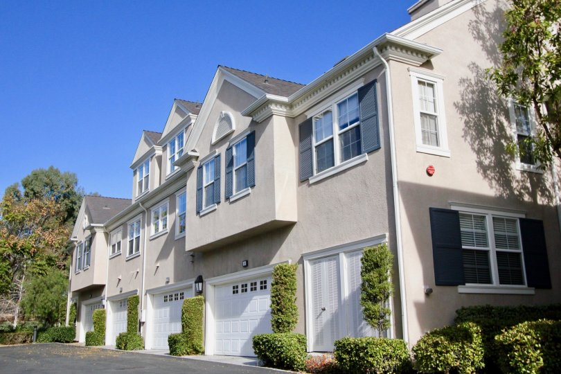 Rows of condos in the Aldenhouse in Ladera Ranch, CA