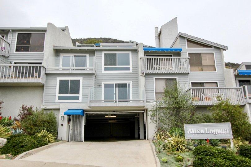 Building with windows and balconies in the Aliso Laguna Community in Laguna Beach CA.