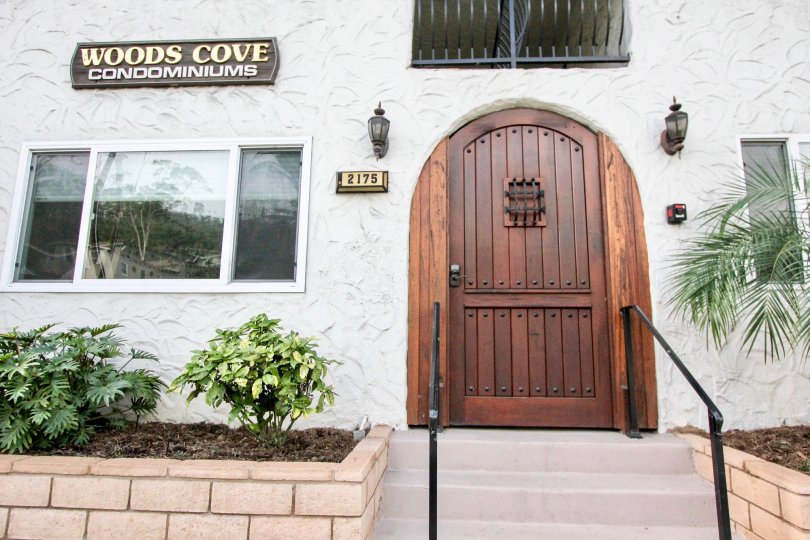 The front entrance to Woods Cove condominiums office in Laguna Beach California