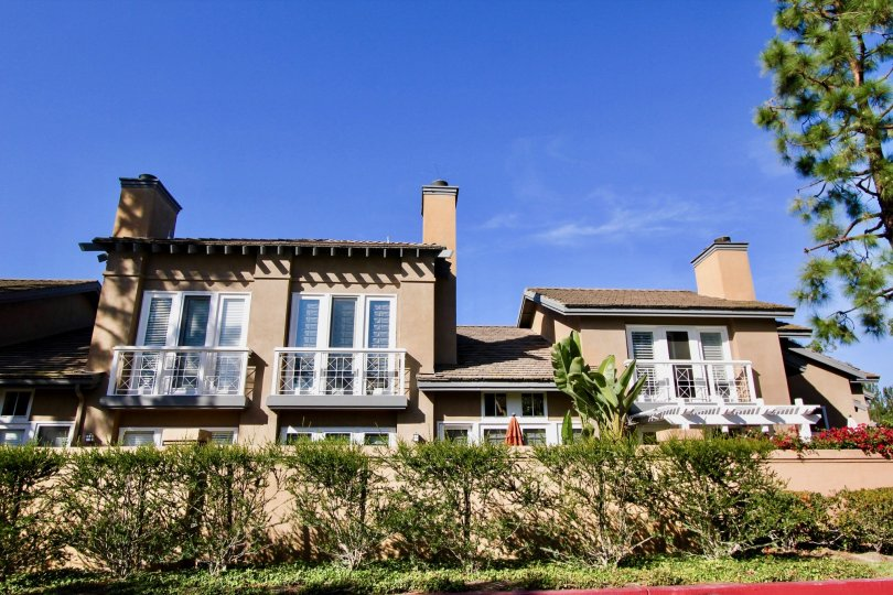 A large villa under the sun at Cameray Pointe in the city of Laguna Niguel, California