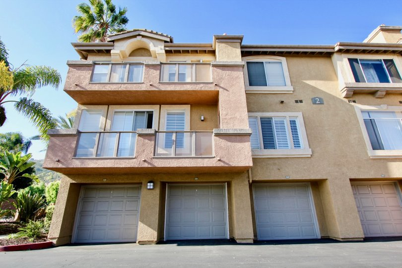 This is a popular community located near the El Niguel country club golf course with one and two bedroom condos that range in size from 740 to 1, 200 square feet.