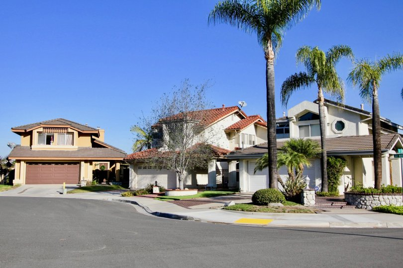 Niguel Pointe homes are located in the coastal community of Laguna Niguel. Below are the homes for sale in Niguel Pointe. Our Laguna Niguel Real Estate agents can guide you through the homes located in the Niguel Pointe community of Laguna Niguel whether