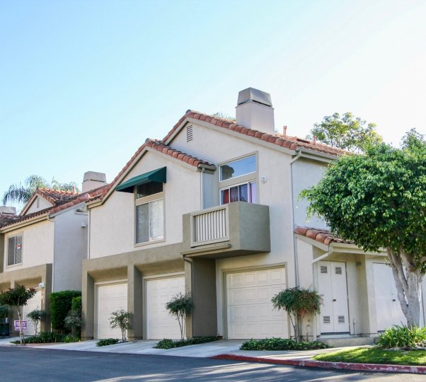 PALM COURT Condos For Sale. AVALON; LAGUNA NIGUEL, CA 92677. Pool; Spa/Hot Tub; Tennis Courts; Year Built: 1986. Area: LAGUNA NIGUEL