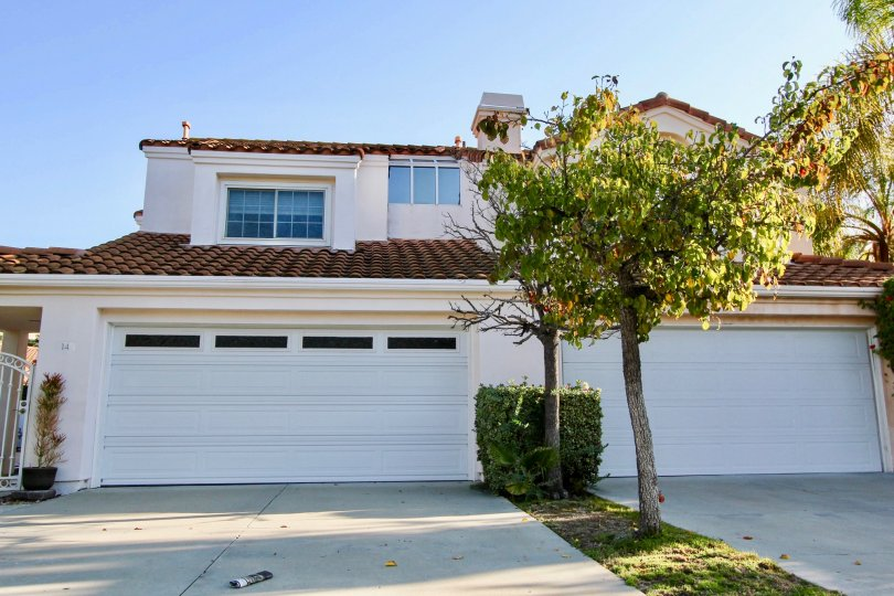 Our Laguna Niguel Real Estate agents can guide you through the homes located in the Saltaire community of Laguna Niguel whether you are looking for Laguna Niguel condo or Laguna Niguel homes for sale.