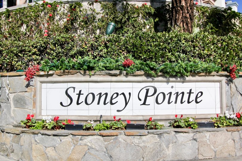 Wonderful view of park with flowers and board in Stoney Pointe of Laguna Niguel