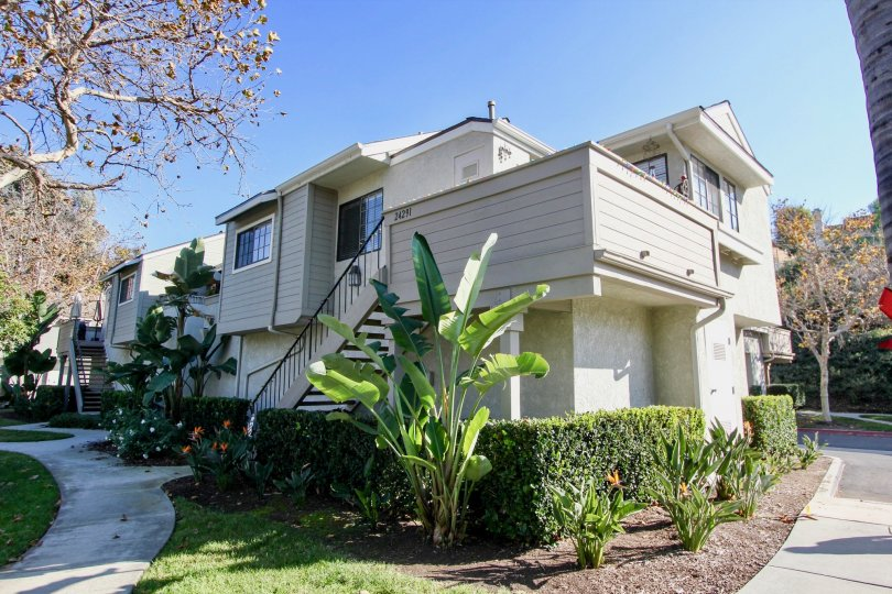 the village niguel terrace I is a gardening house of the laguna niguel city in california