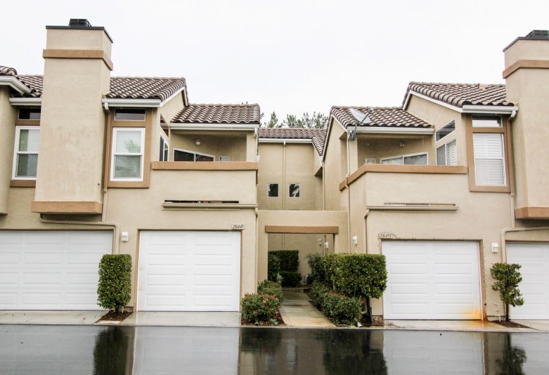 Homes with attached garages in Montecido, Lake Forest, California