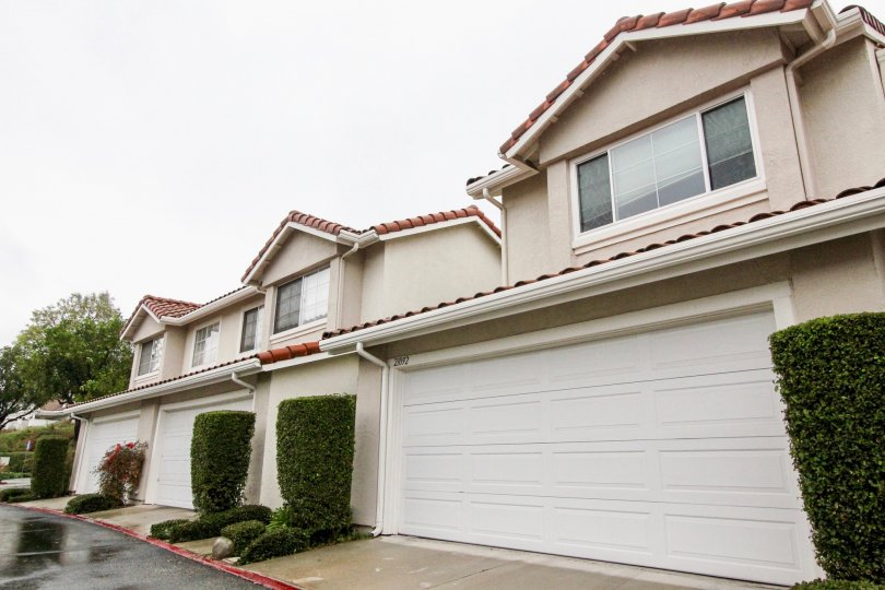 Overcast and garages at Willow Glen in Lake Forest, CA