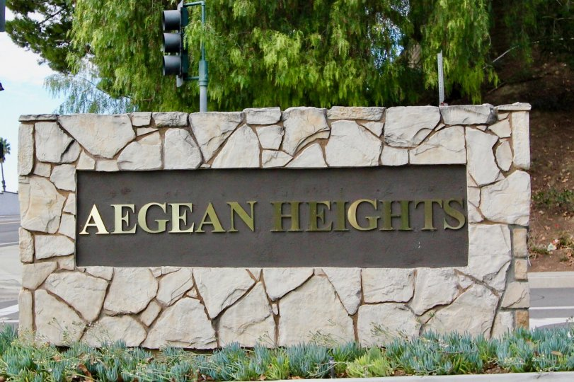 Aegean Heights, Mission Veijo, CA, Stone Community Welcome sign