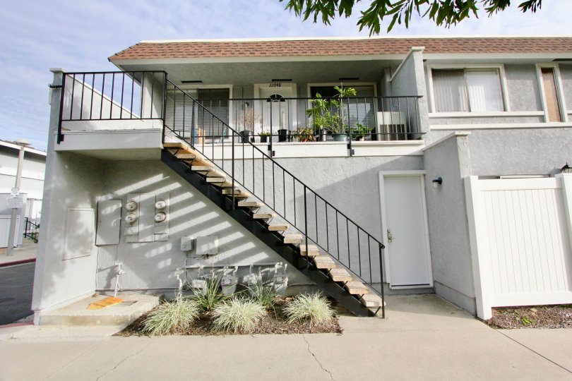 the aliso villas is a step full house of the mission viejo city in california