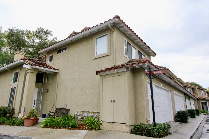 Mission Viejo is suburban in nature and culture. The city is mainly residential, although there are a number of offices and businesses within its city limits. The city is known for its picturesque tree-lined neighborhoods, receiving recognition from the N