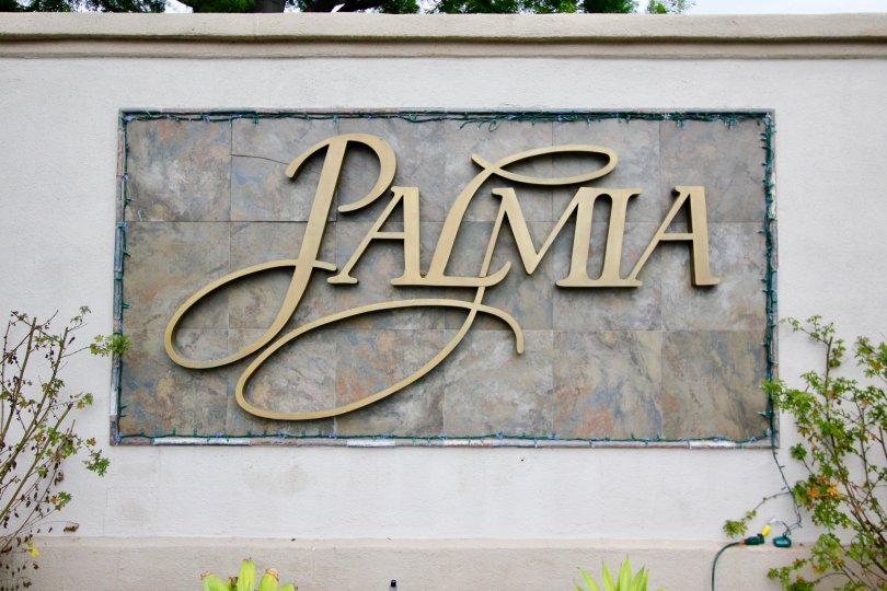 the palmia courts 2 is a board place of the mission viejo city in california