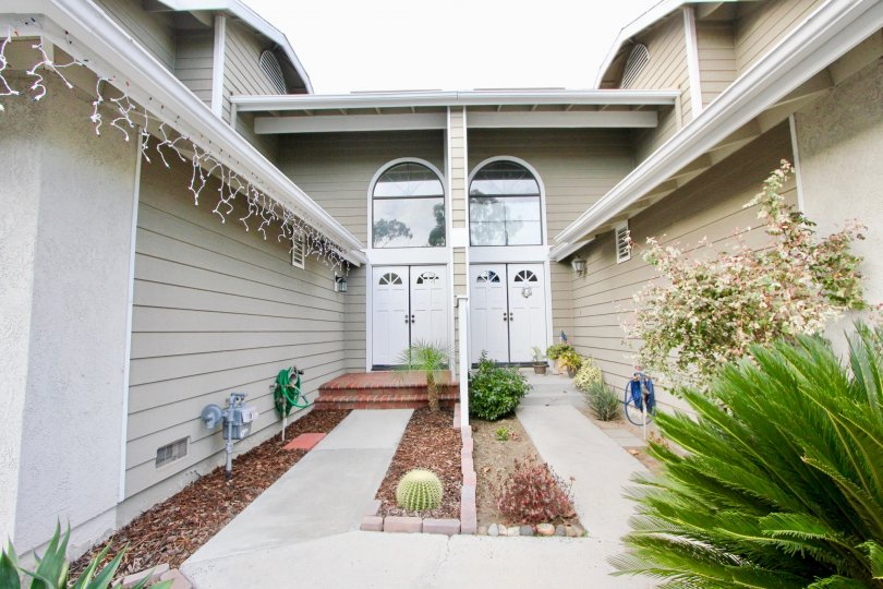 Ridgemont Community Association is a private neighborhood located in Mission Viejo, California. Amenities include streets, manicured common area, and fencing, gazebo, pool & spa, architectural design review. Ridgemont Community Association is registered a