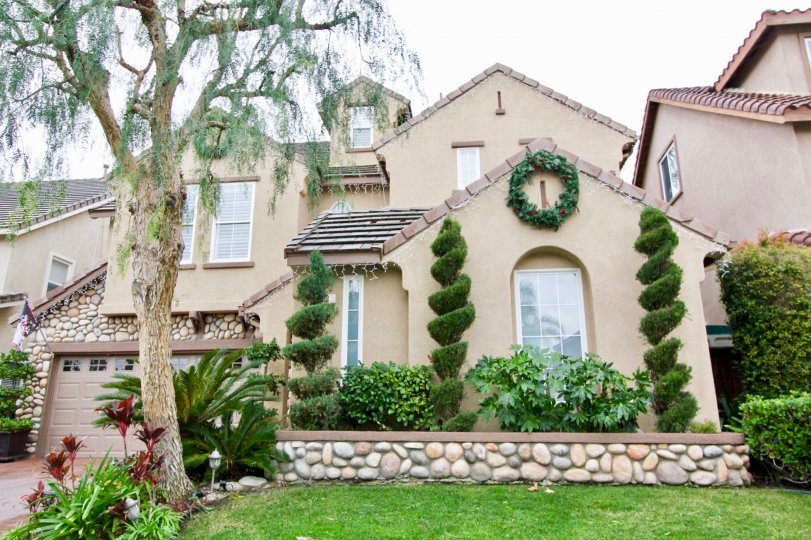 the sienna ridge is a super plant house of the mission viejo city in california