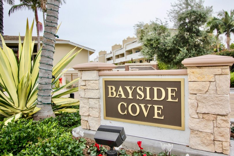 the bayside cove is a park like house of the newport beach city in ca
