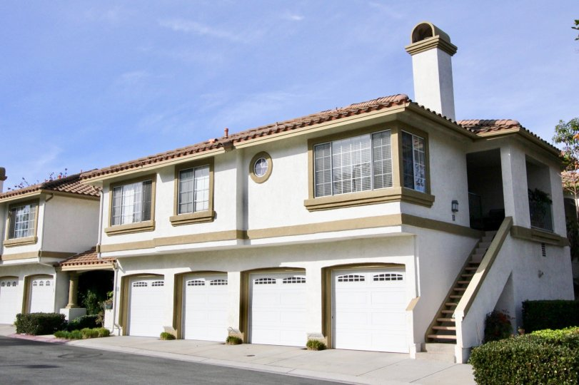 casafina housing community huge home 4 car garage in rancho santa margarita california