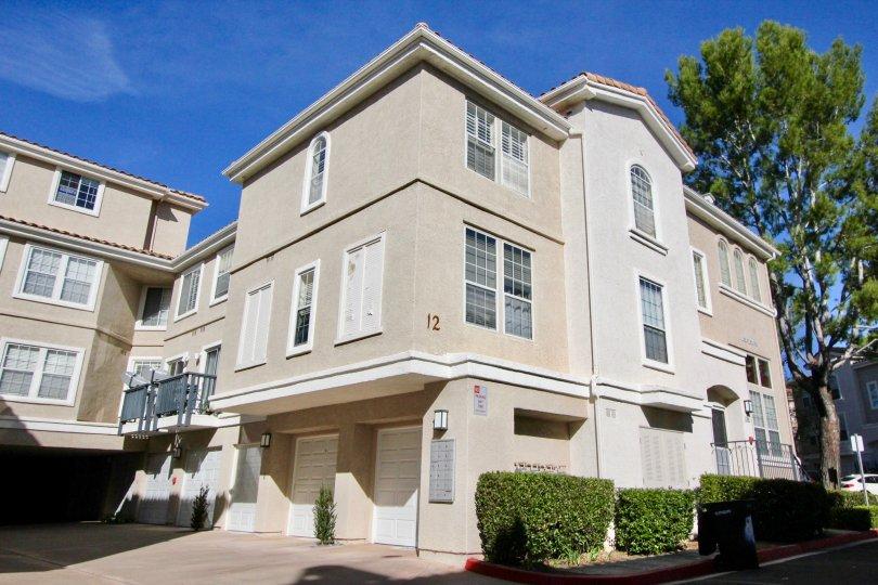 Apartments and blue sky in Cierra Del Lago in Rancho Santa Margarita, CA