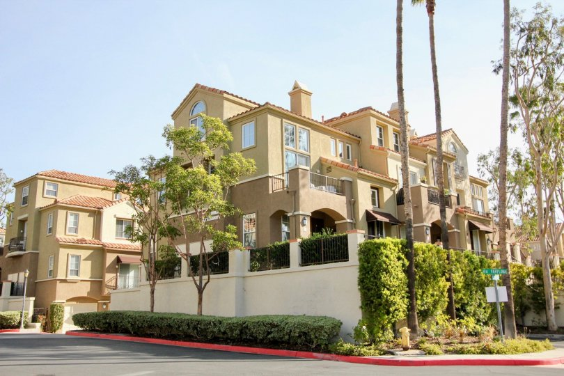 Many story condo in Corte Melina in Rancho Santa Margarita, CA