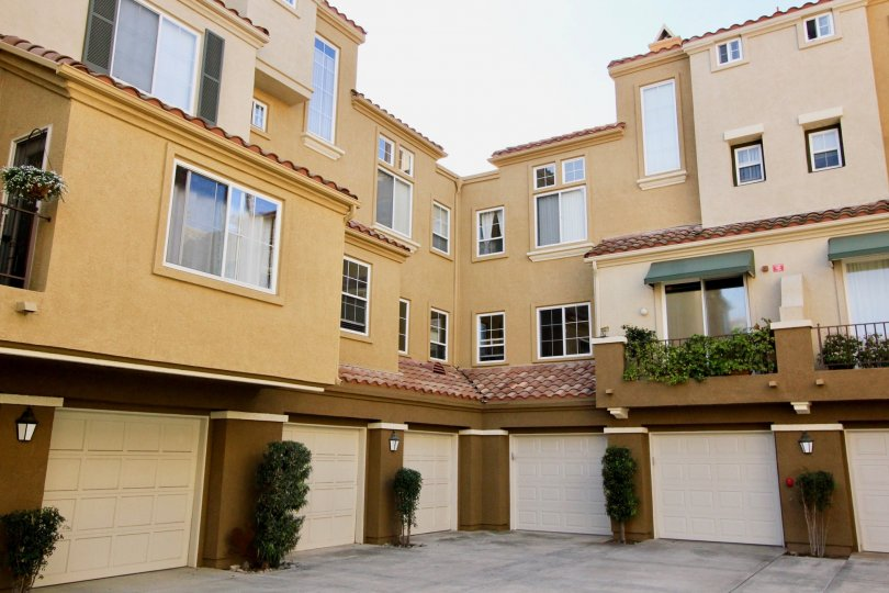Awesome spacious parking and balconies in villas of Corte Melina of Rancho Santa Margarita
