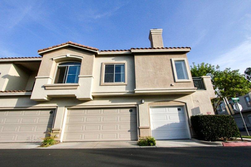 A tan house in la Ventana in Rancho Santa Margarita, CA