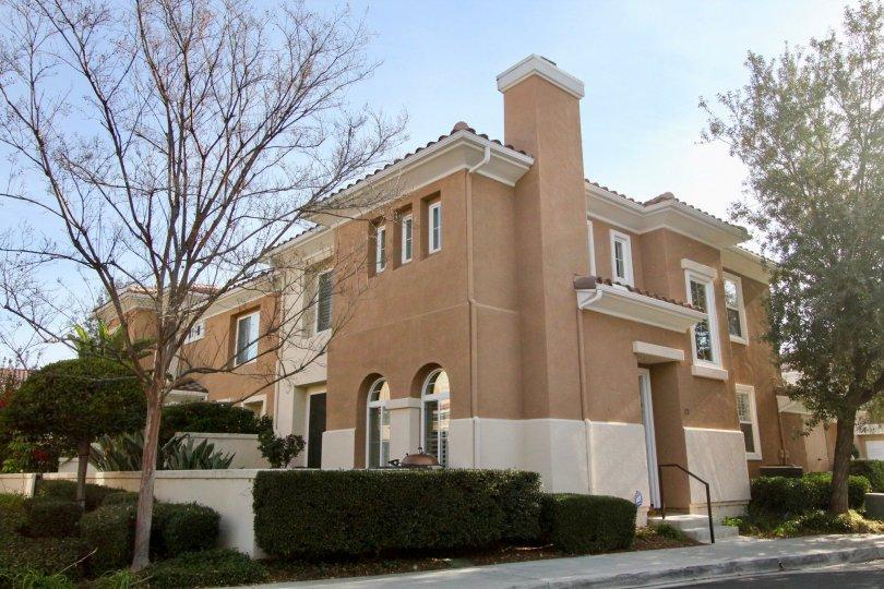 Beautiful coloured villa iwth trees and sunshine in Terracina of Rancho Santa Margarita
