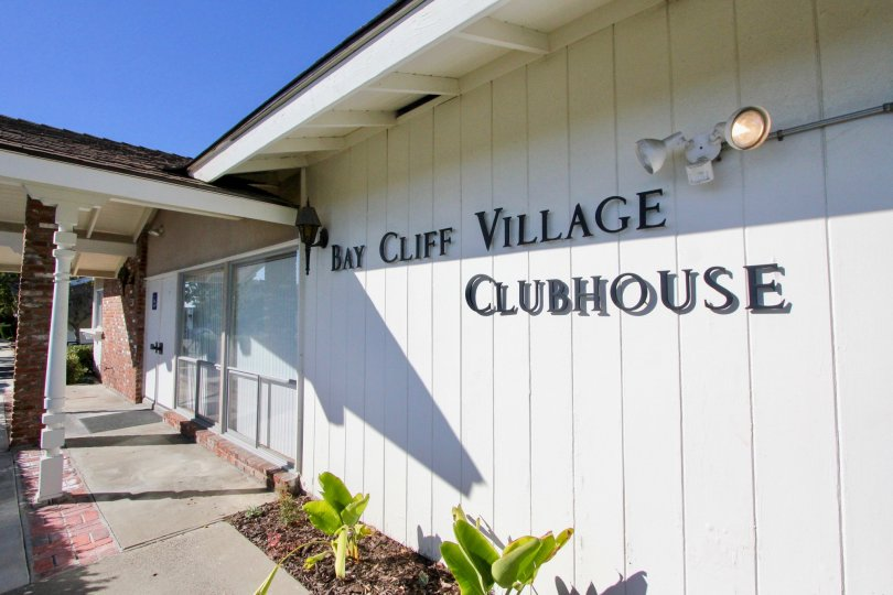 Bay Cliff Village is an intimate oceanside community set in California's beautiful Orange County. This quiet enclave is ideal for older homebuyers who value location over community amenities. Homes are a short walk from the ocean and within minutes of rec