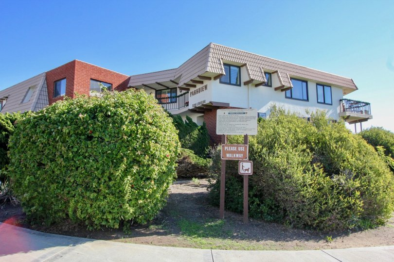 """The Parkview Manor is located in the Southwest San Clemente area near the Calafia Beach Park area. This is a prime location for a condo complex that looks directly down into the ocean. The area is well known as the """"Lobiero Loop"""" as the street does a circ"""