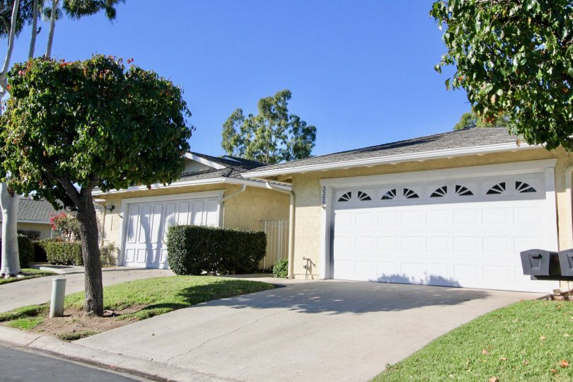 Seascape Village Single Level with attached two car garage. This property is move in ready! New paint throughout, Bamboo flooring, newer windows and sliders. Two bedrooms, a den with built ins, formal dining, living room and kitchen over looking a patio.