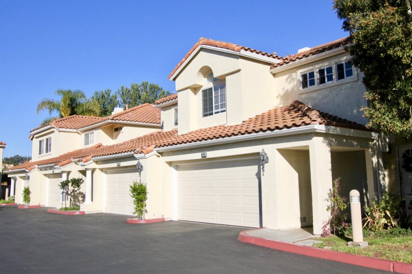 Vilamoura is located in the Rancho San Clemente area of San Clemente, California. Below are the current homes for sale in Vilamoura. Vilamoura townhomes are a great investment with a beach close location and affordable entry level prices for San Clemente.