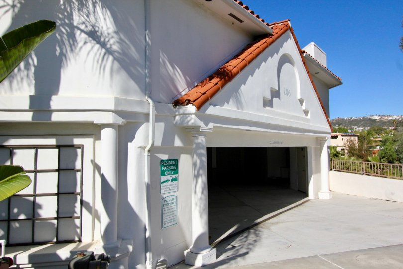 The white garage of the Villa Montalvo Vista in San Clemente Califronia