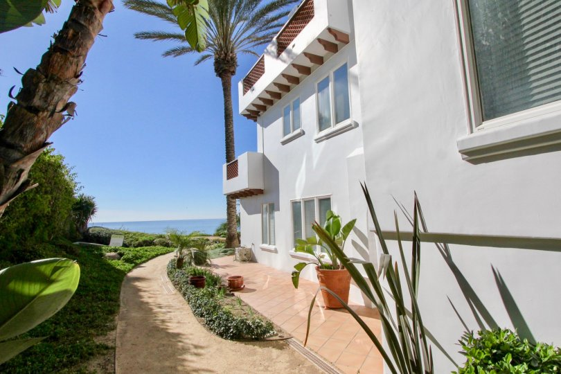 Beautiful landscaping and ocean views in the community of Vista Pacifica Villas in San Clemente, California