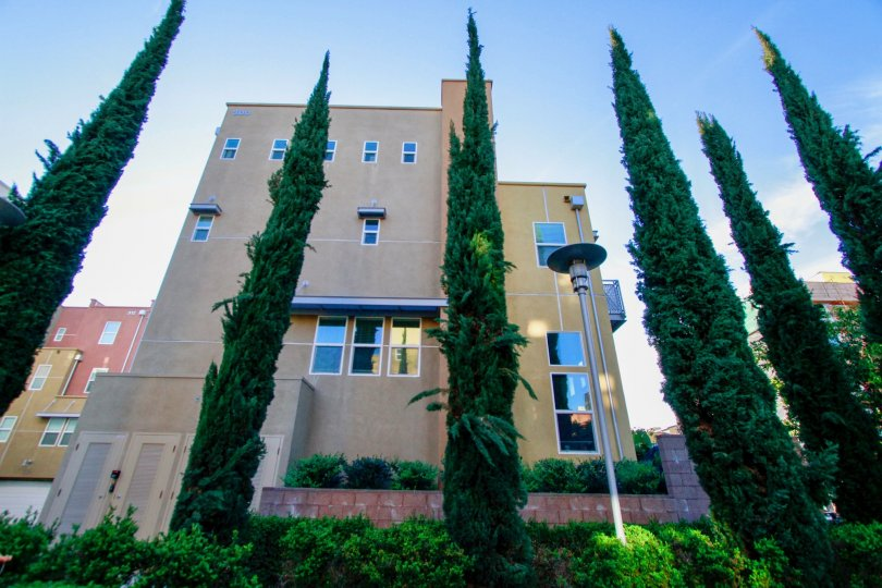 City Place Building House with Beautiful Attractive View Location at Santa Ana city in Califorina