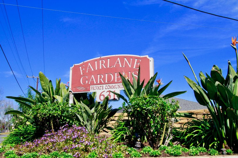 A sunny day by the entrance of Fairlane Gardens in Santa Ana, California