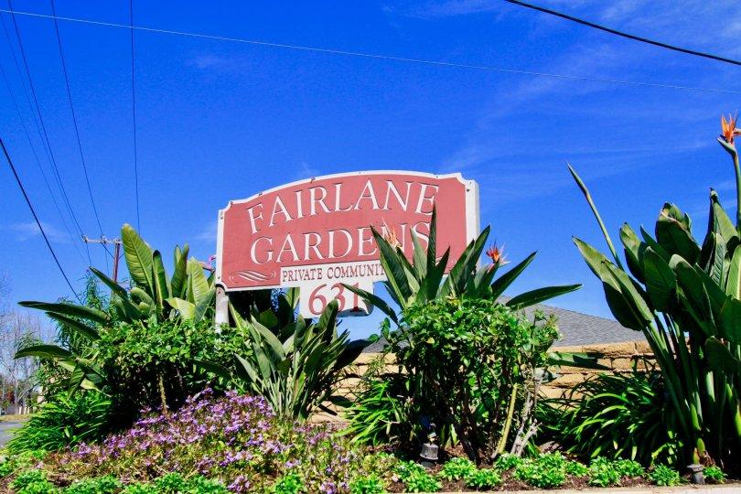 A sunny day by the entrance of Fairlane Gardens in Santa Ana, California