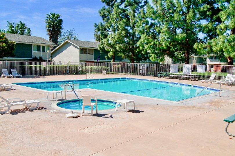 Tennessean House have Beautiful Pool inside at Santa Ana city in Califorina
