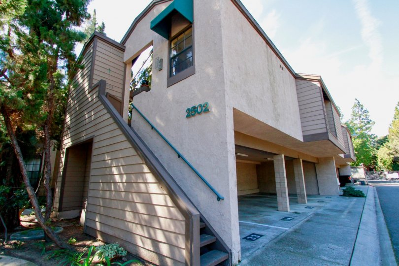 Woodlake Building Front View Location with Beauty at Santa Ana city in Califorina