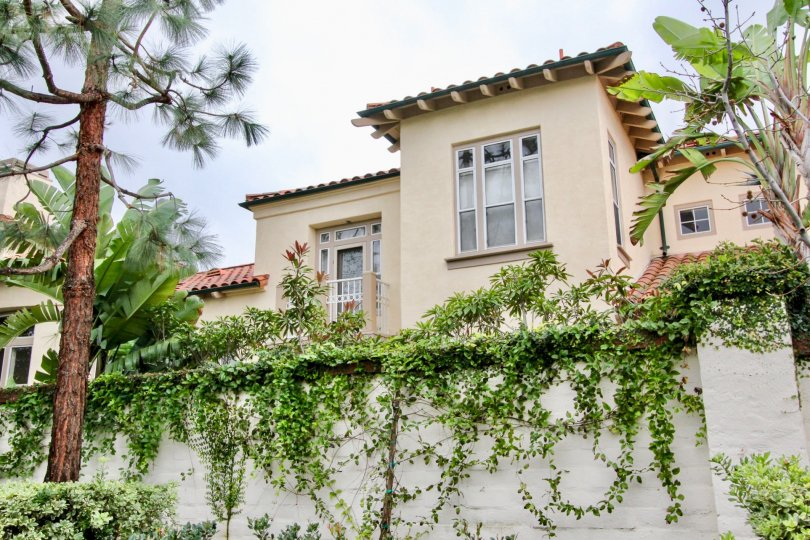 The ivy walled community of Corte Villa in teh city of Tustin, California